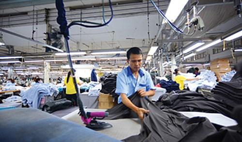 Năng suất lao động của Việt Nam còn thấp so với nhiều nước trong khu vực - Ảnh: Trường Nikon