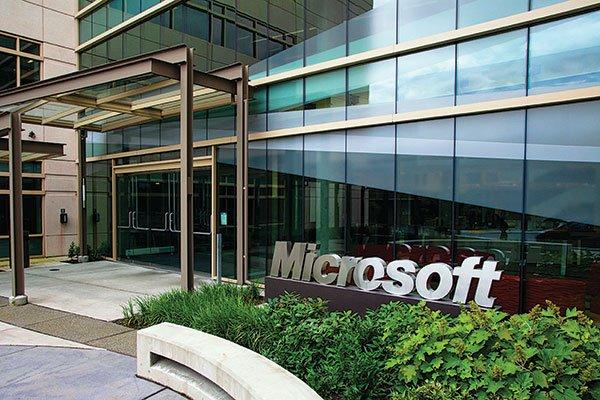 Microsoft có kế hoạch dịch chuyển dây chuyền sản xuất điện thoại di động thông minh Nokia ở Trung Quốc, Hungary và Mexico về Việt Nam.